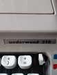 machine à écrire OLIVETTI pour collectionneur. Décoration