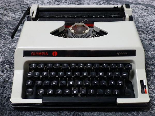 machine à écrire olympia 10 Pfaffenhoffen (67)