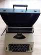 Machine à écrire OLYMPIA (1970) .