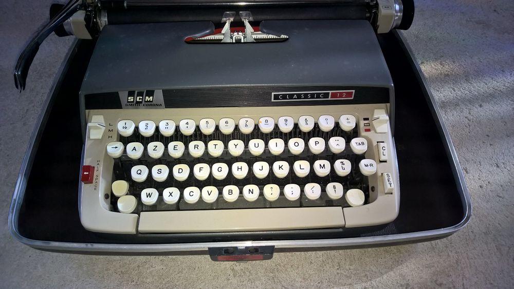 Machine à Ecrire Smith Corona 90 Langogne (48)
