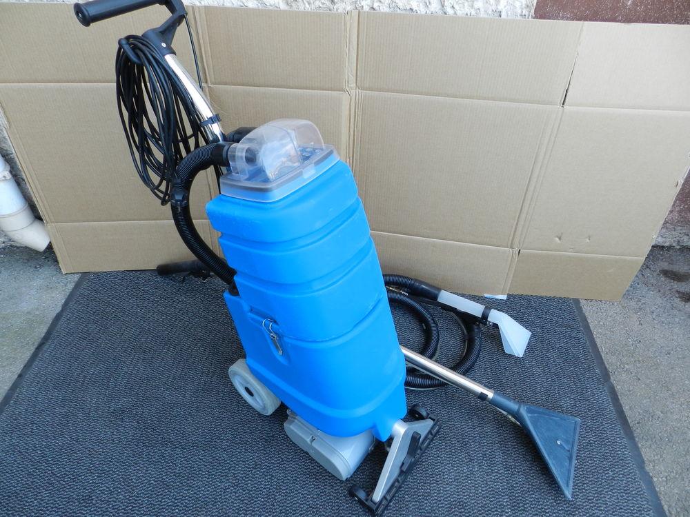 Machine à injection-extraction pour moquette et fauteuils 550 Saint-Savournin (13)