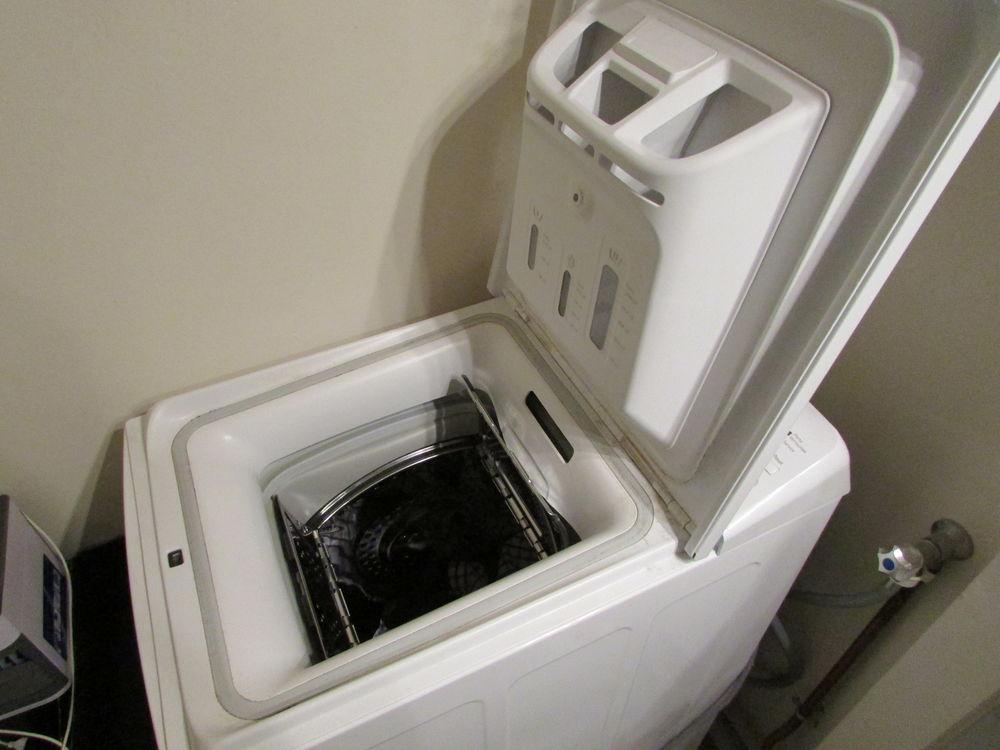 machine à laver état neuf(2018) prix à débattre (250 euro) Electroménager