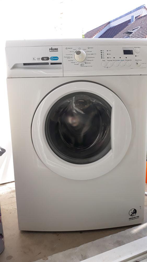 Machine à laver Faure 7kg 150 Sevran (93)