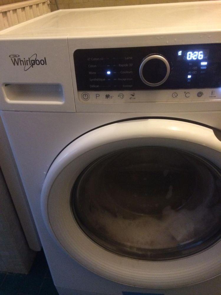 Machine à laver le linge  hublot WHIRPOOL  175 Paris 16 (75)