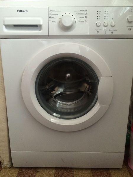 machines laver occasion grenoble 38 annonces achat et vente de machines laver. Black Bedroom Furniture Sets. Home Design Ideas