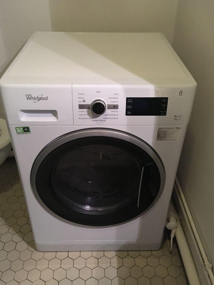 Machine à laver Séchante Whirlpool en parfait état 400 Paris 11 (75)