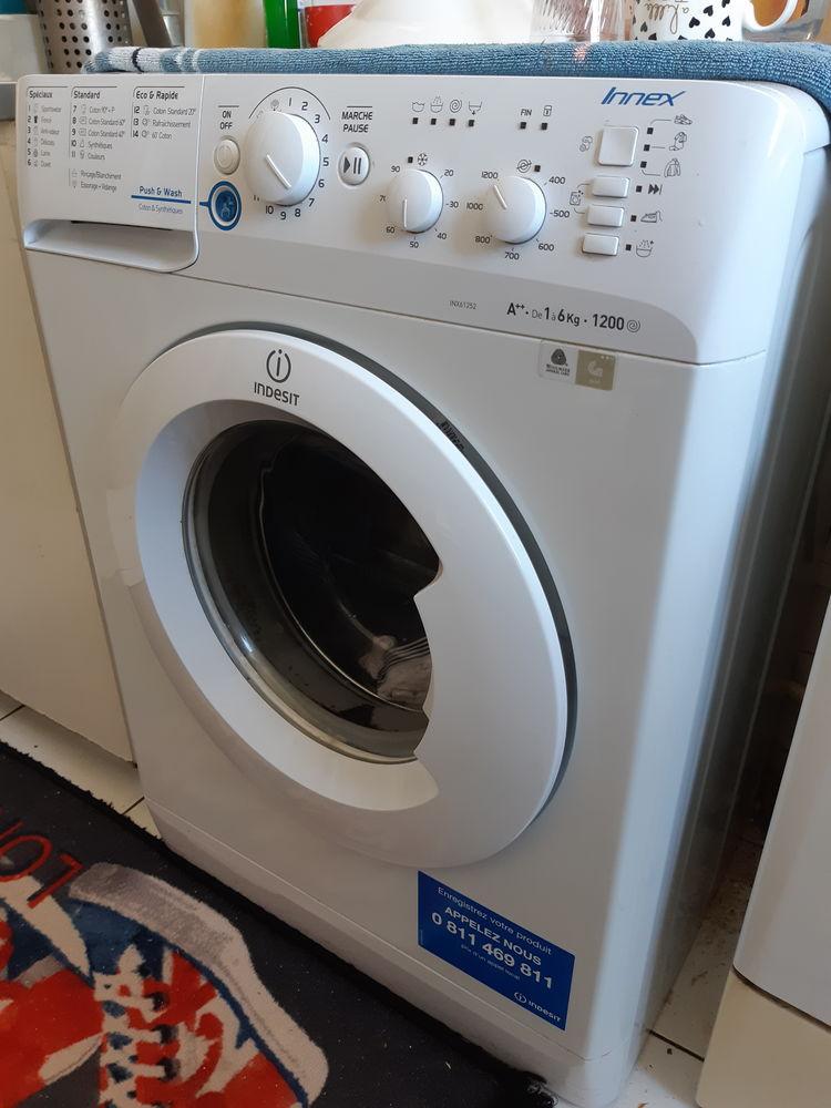 Machine à laver.  150 Paris 12 (75)