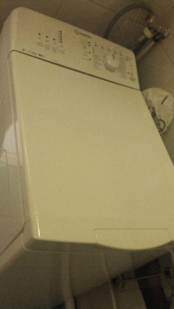 Machine à laver 120 Montreuil (93)