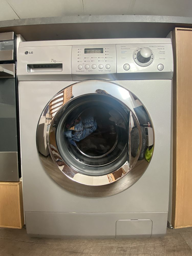 Machine à laver LG 150 Les Lilas (93)