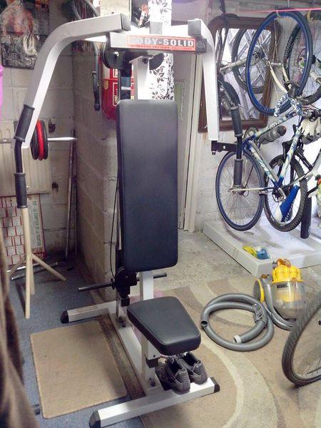 machine musculation 150 Brunoy (91)