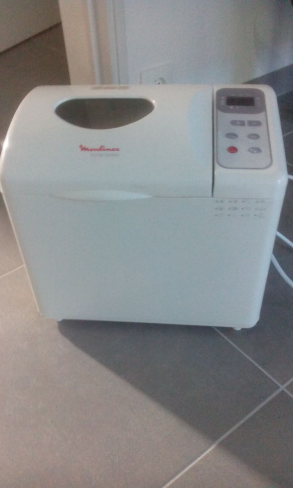 Machine à pain 45 Chantepie (35)