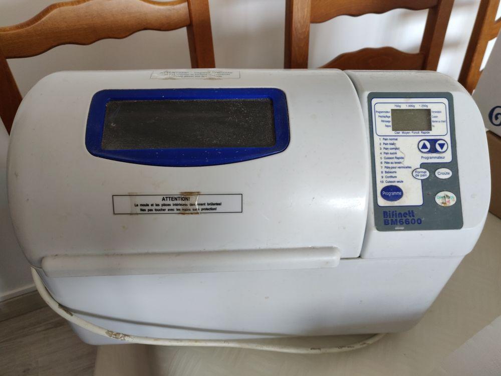 machine à pain 15 Paris 13 (75)