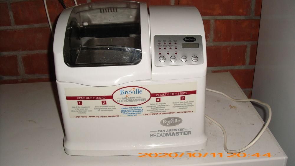 Machine à pain 25 Sainghin-en-Weppes (59)