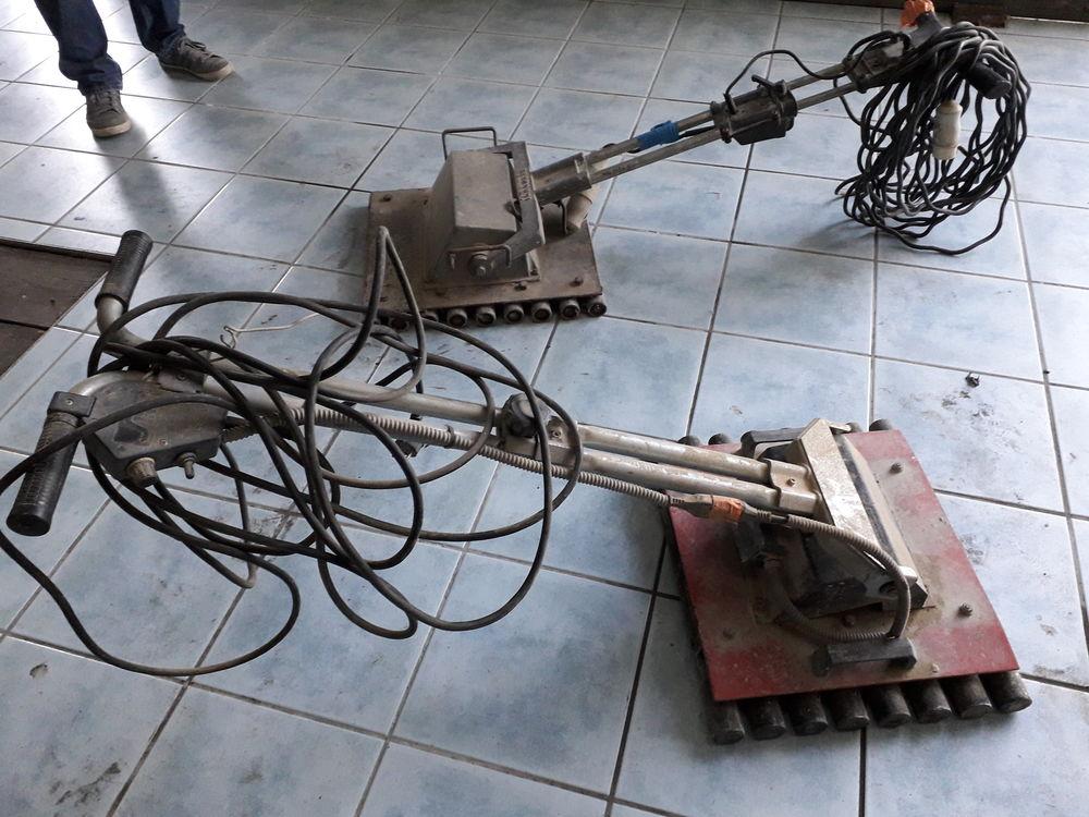 machine à taper pour carrelage 0 Vieille-Brioude (43)