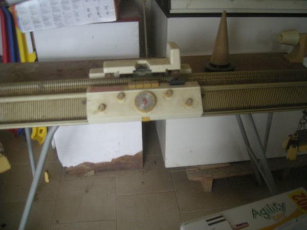 machine à tricoter silver reed 400 0 Laragne-Montéglin (05)