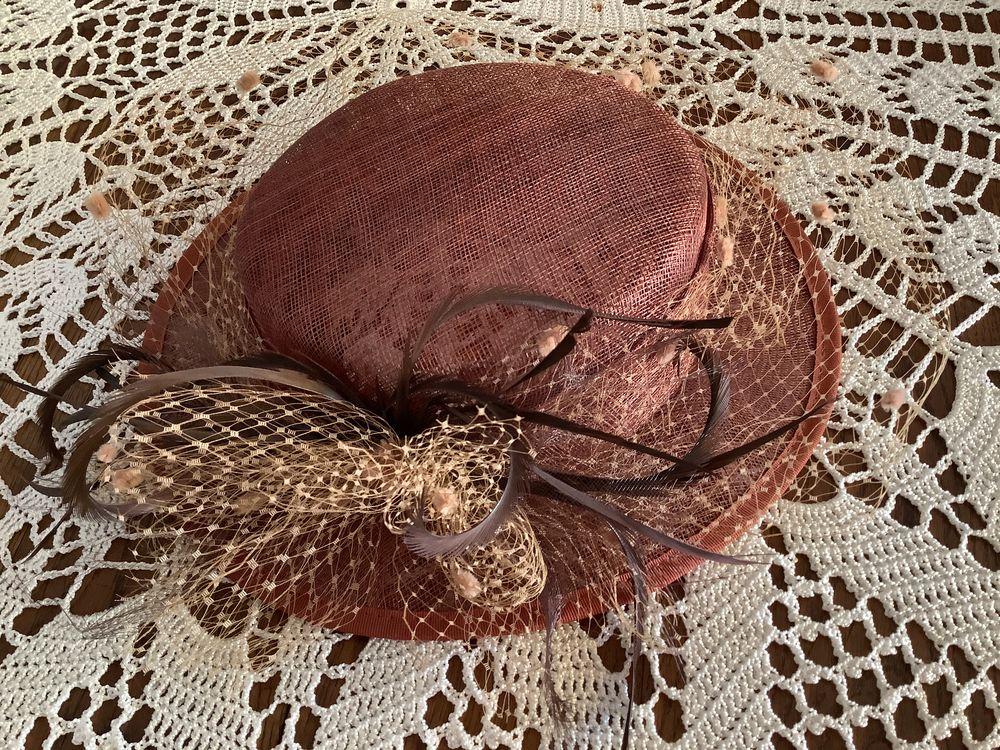 Magnifique chapeau neuf, plume et voilette 20 Strasbourg (67)