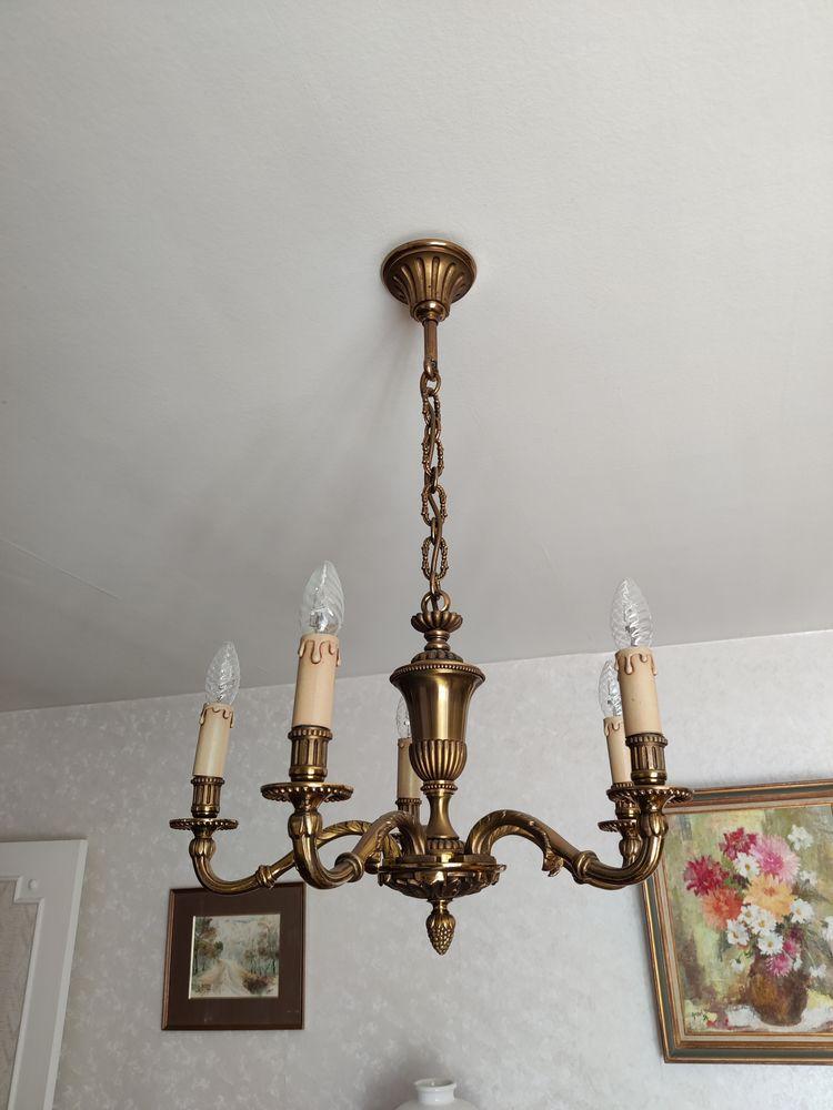 Magnifique lustre 5 branches bronze massif, état NEUF ! 350 Brétigny-sur-Orge (91)