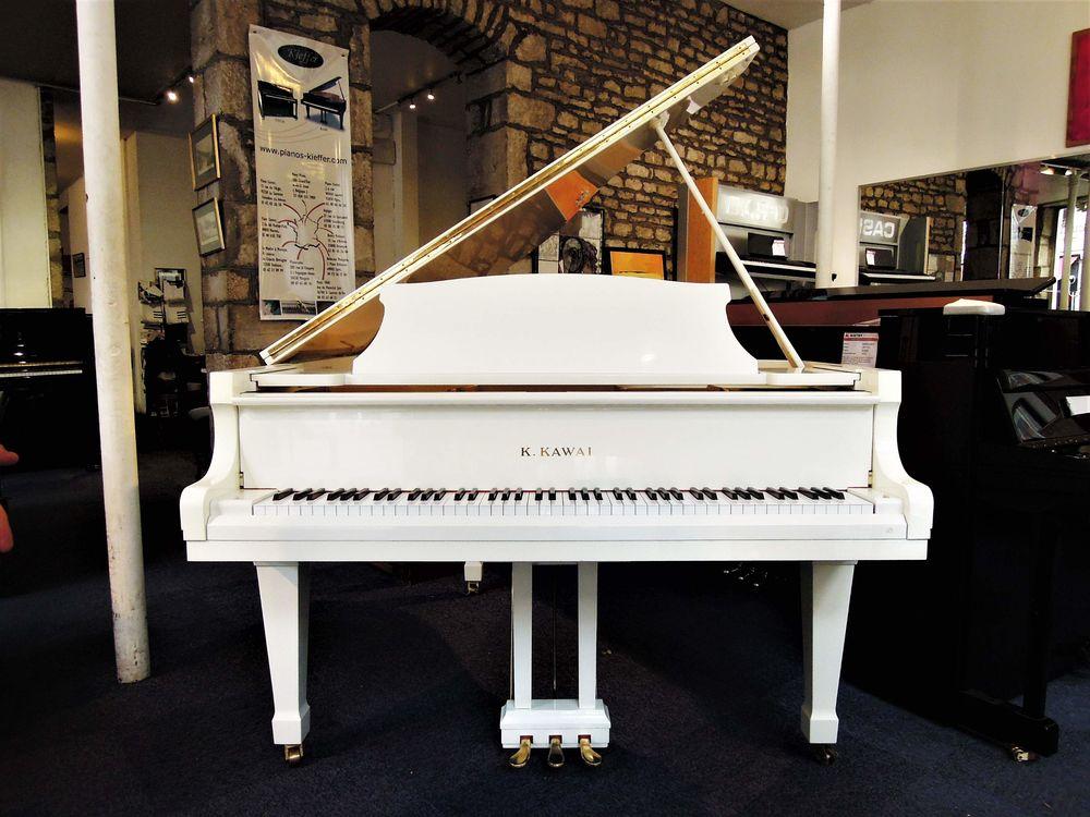 Magnifique piano à queue KAWAI KG2E Blanc 10900 Lyon 5 (69)