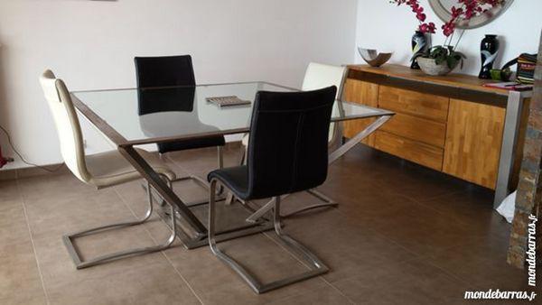 tables carr e occasion la ciotat 13 annonces achat et vente de tables carr e paruvendu. Black Bedroom Furniture Sets. Home Design Ideas