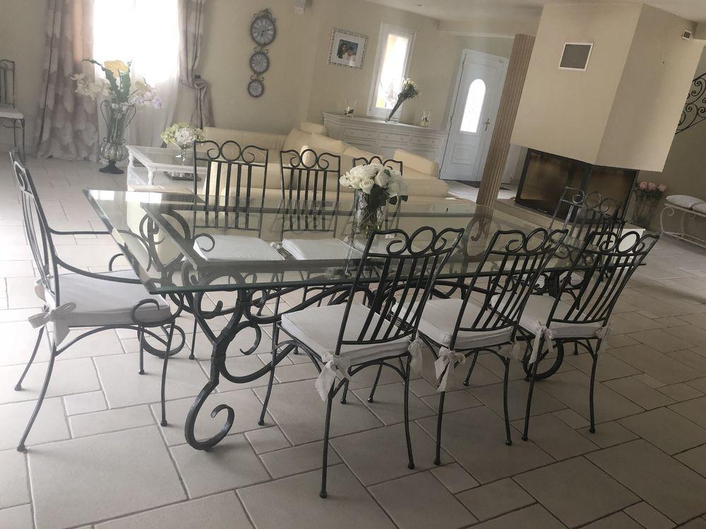 magnifique table en fer forgé  0 Paris 17 (75)