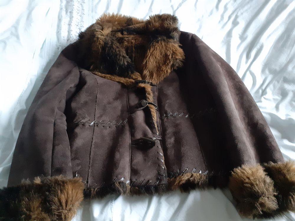 magnifique veste d'hiver 35 Terrasson-Lavilledieu (24)