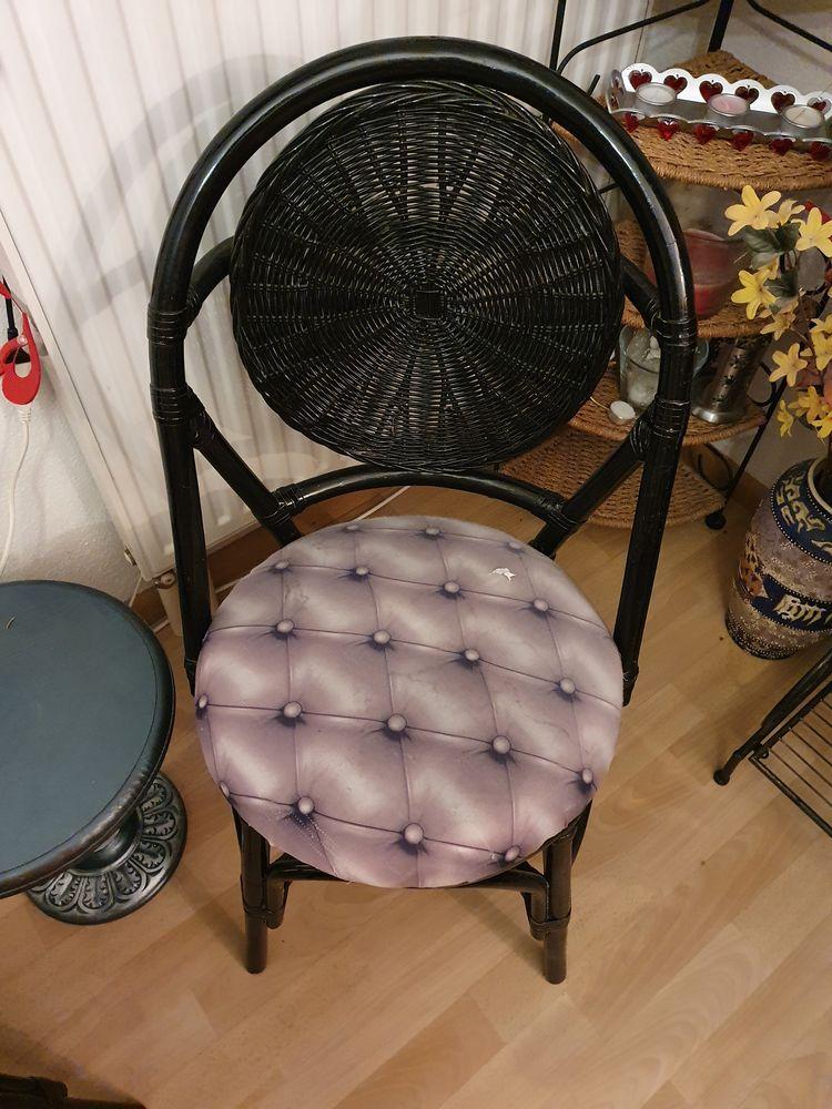 4 magnifiques chaises  70 Turckheim (68)