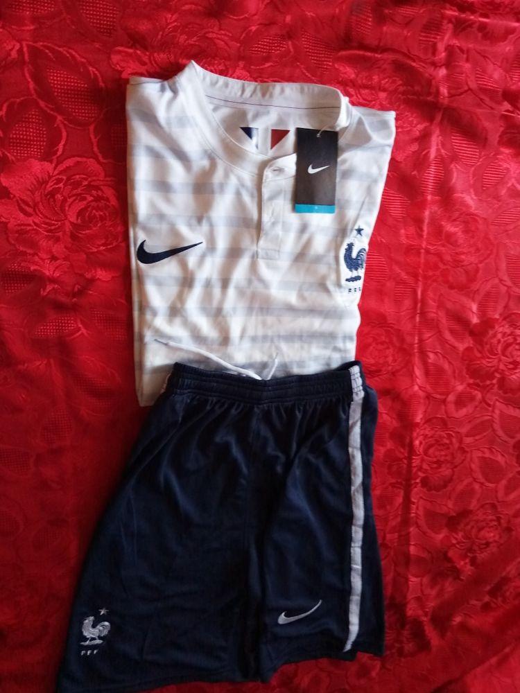 maillot de foot équipe de France Mondial 2014 extérieur 59 Annecy-le-Vieux (74)