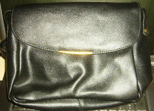 sac à main bandouliére noir femme  9 Versailles (78)