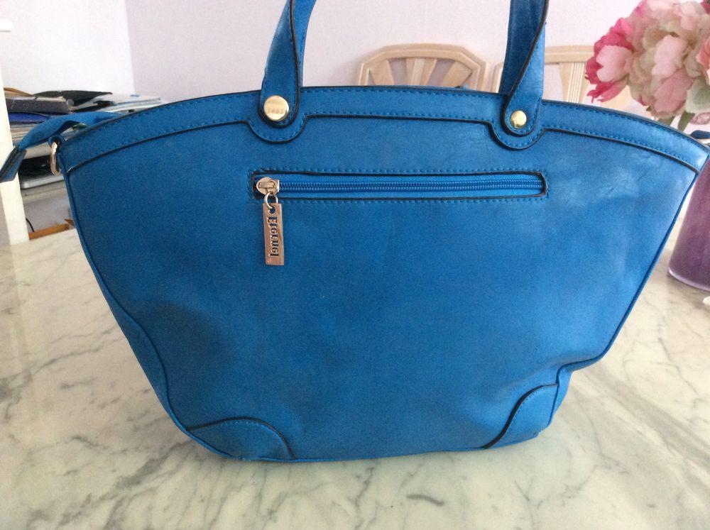 sac à main bleu neuf 10 Lille (59)