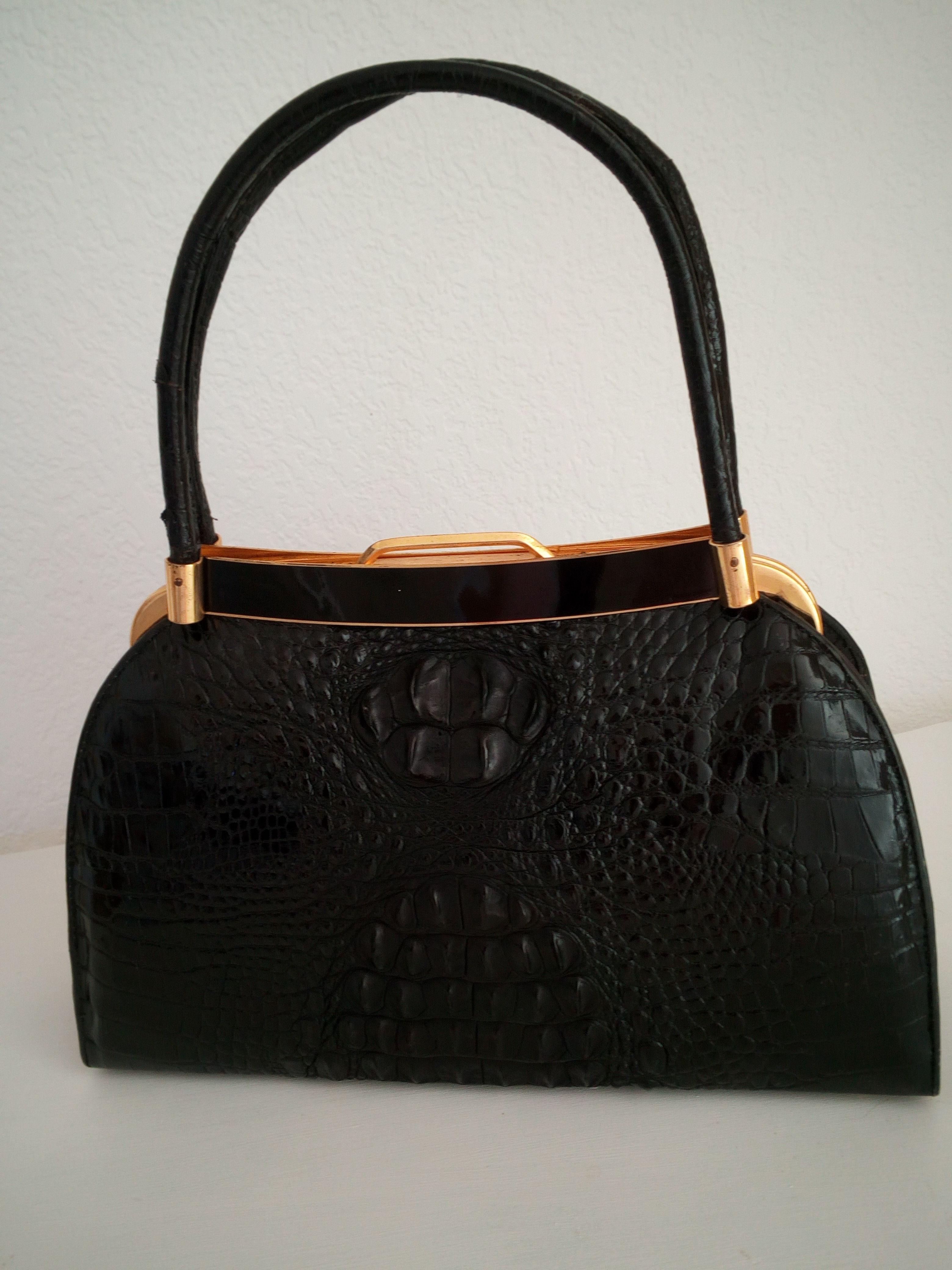 sac  a main crocodile noir 1100 Lunel (34)
