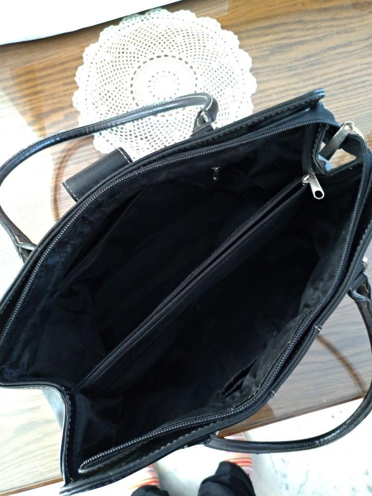 sac à main cuir épais noir 10 Épinay-sur-Orge (91)