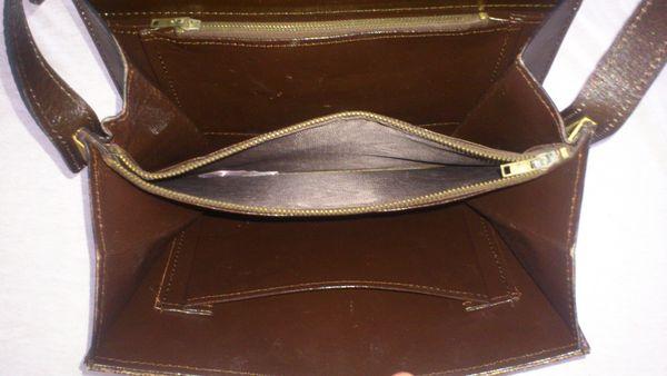 sac à main effet croco verni marron 15 Cavalaire-sur-Mer (83)