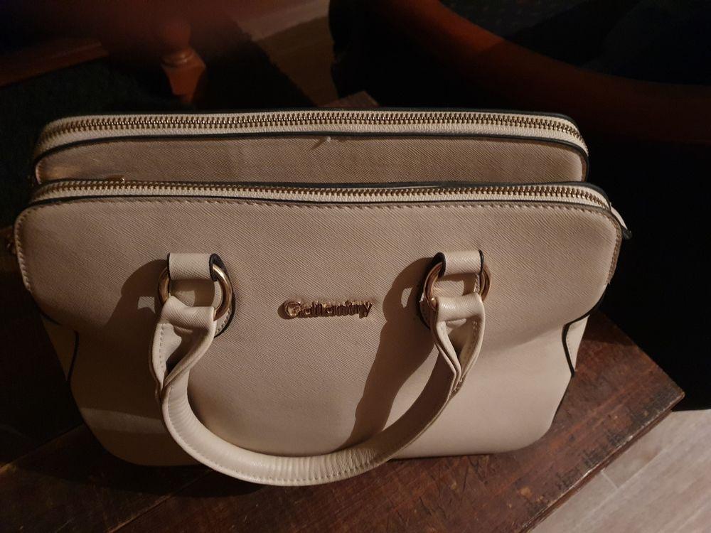 sac à main femme 10 Ouistreham (14)