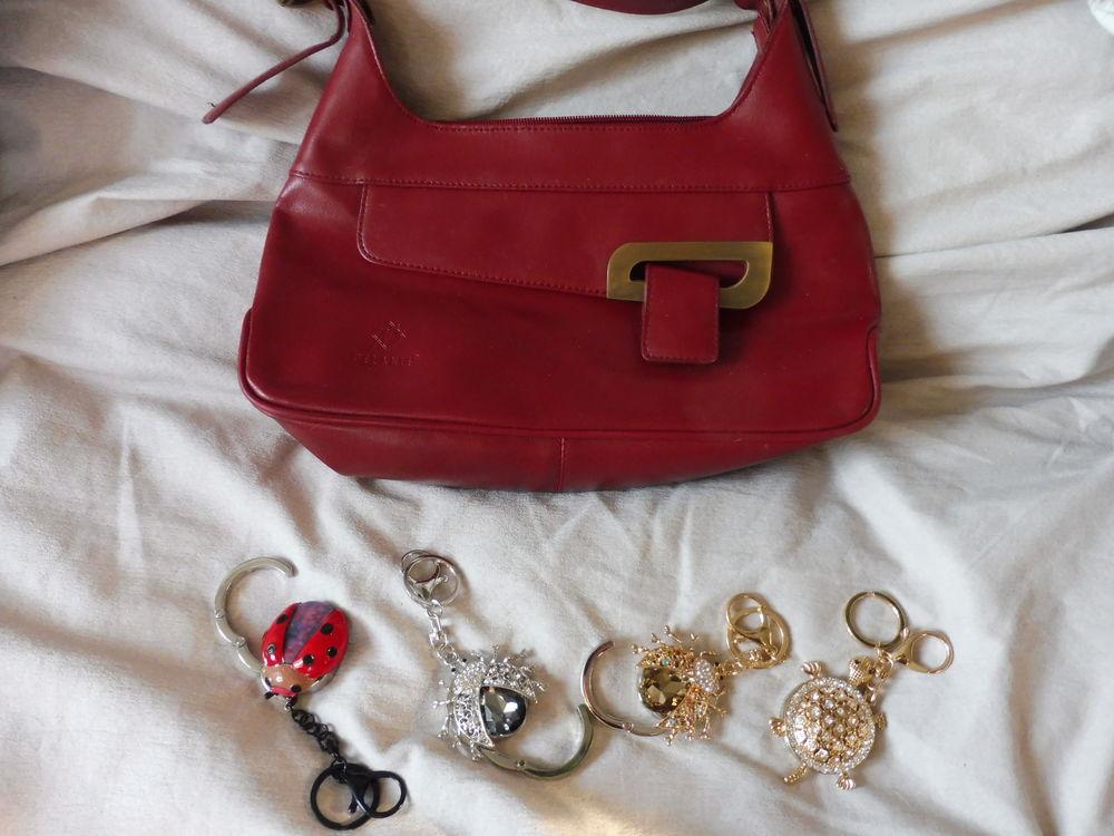 sac à main Mélanie en cuir bordeaux 45 Châtenay-Malabry (92)