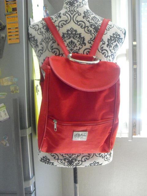 sac a main rouge porter épaules ou a la main 2 Lyon 5 (69)