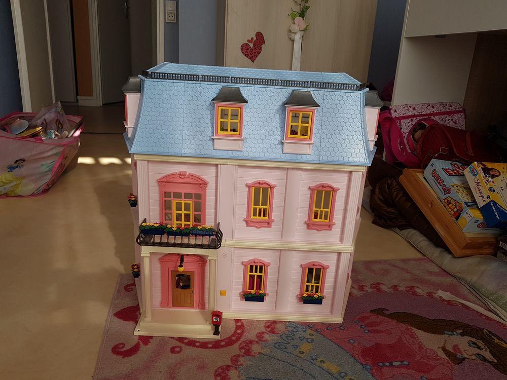 Maison des Playmobil  130 Issy-les-Moulineaux (92)