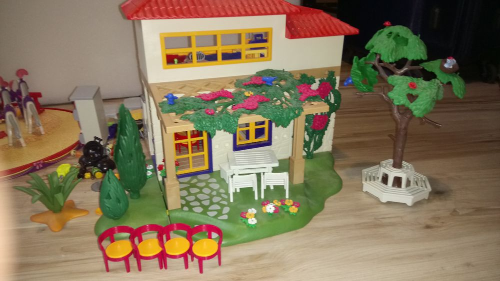 Maison playmobil 60 Pannecé (44)