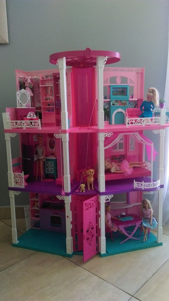 maisons barbie occasion annonces achat et vente de. Black Bedroom Furniture Sets. Home Design Ideas