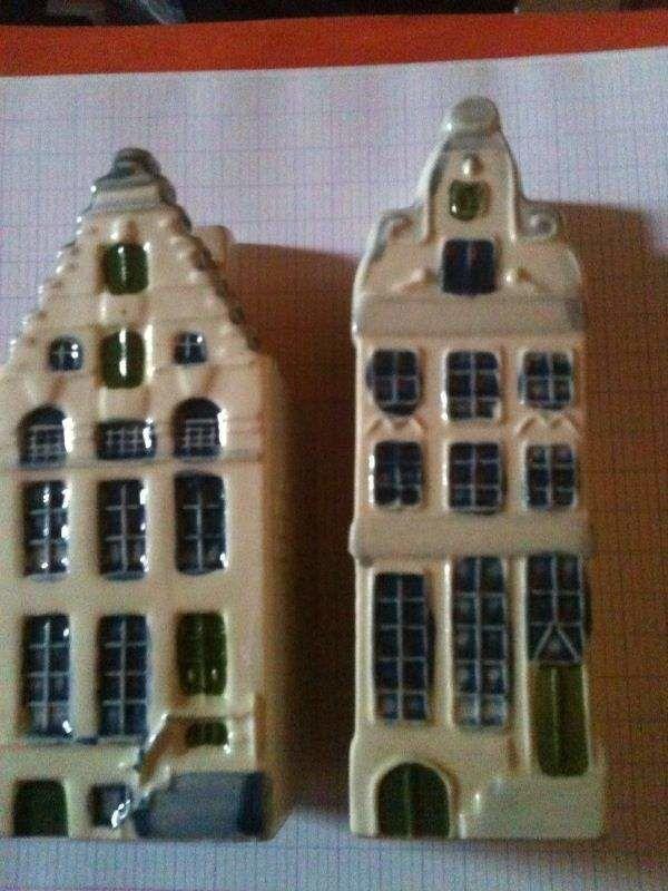 2 maisons miniatures d'Amsterdam peintes à la main. TBE. 30 Bosc-le-Hard (76)