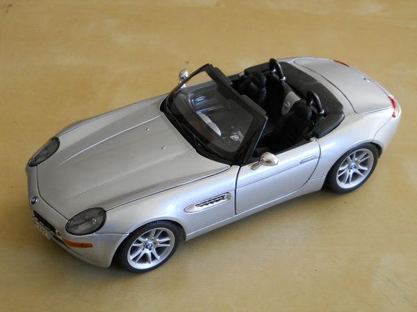 BMW Z8 Maisto 1/18 Silver 30 Toulouse (31)