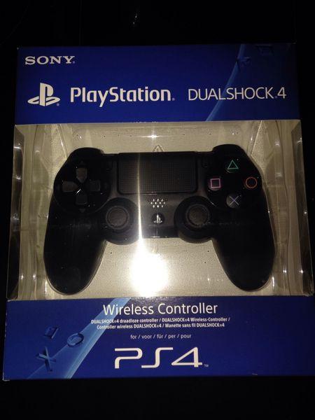 Manette PS4 Dual Shock 4 Consoles et jeux vidéos