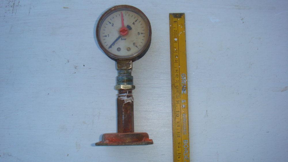 manomètre de pression d'eau 10 Saint-Médard-en-Jalles (33)