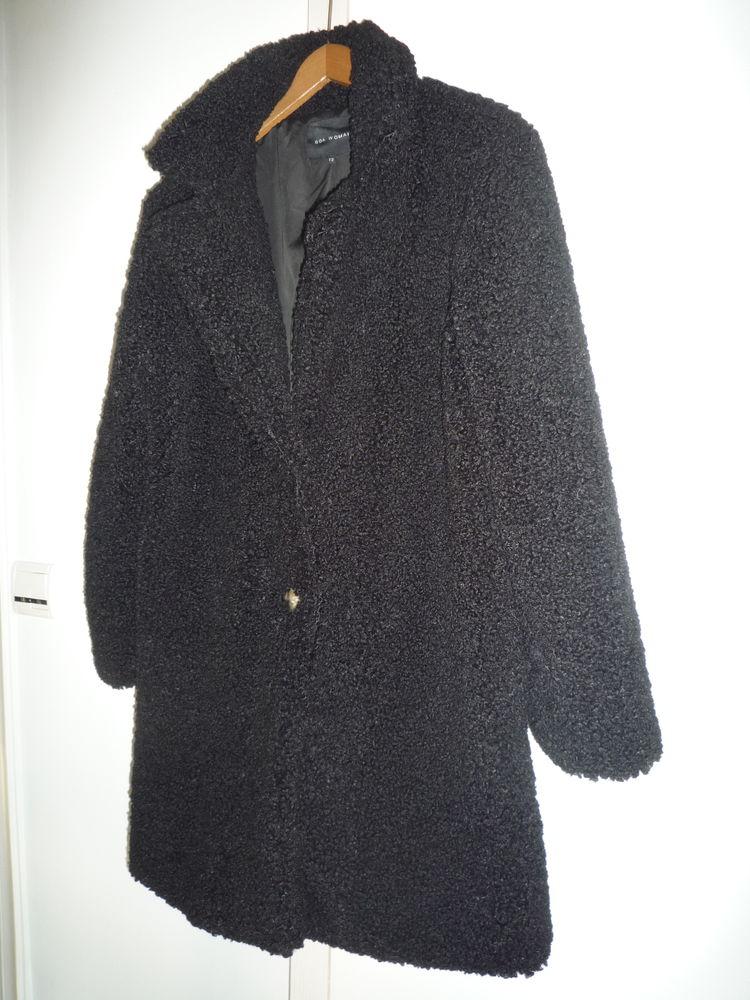 manteau bouclette noir T2  60 Quimperlé (29)