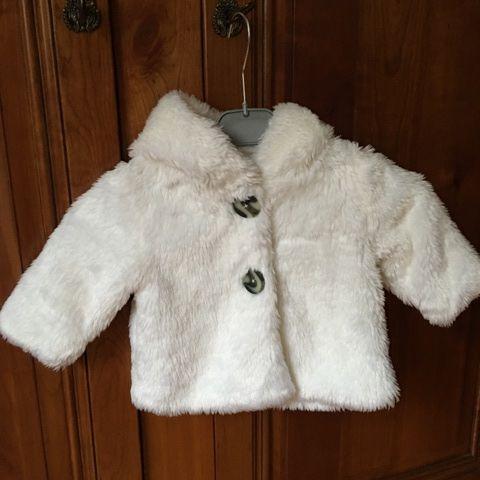 manteau capuche 7 Mandres-les-Roses (94)