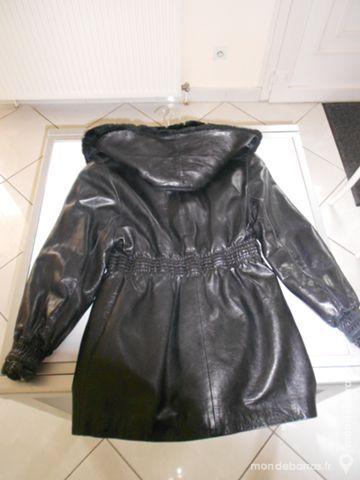 manteau 3/4 cuir et fourrure 90 Villette-d'Anthon (38)