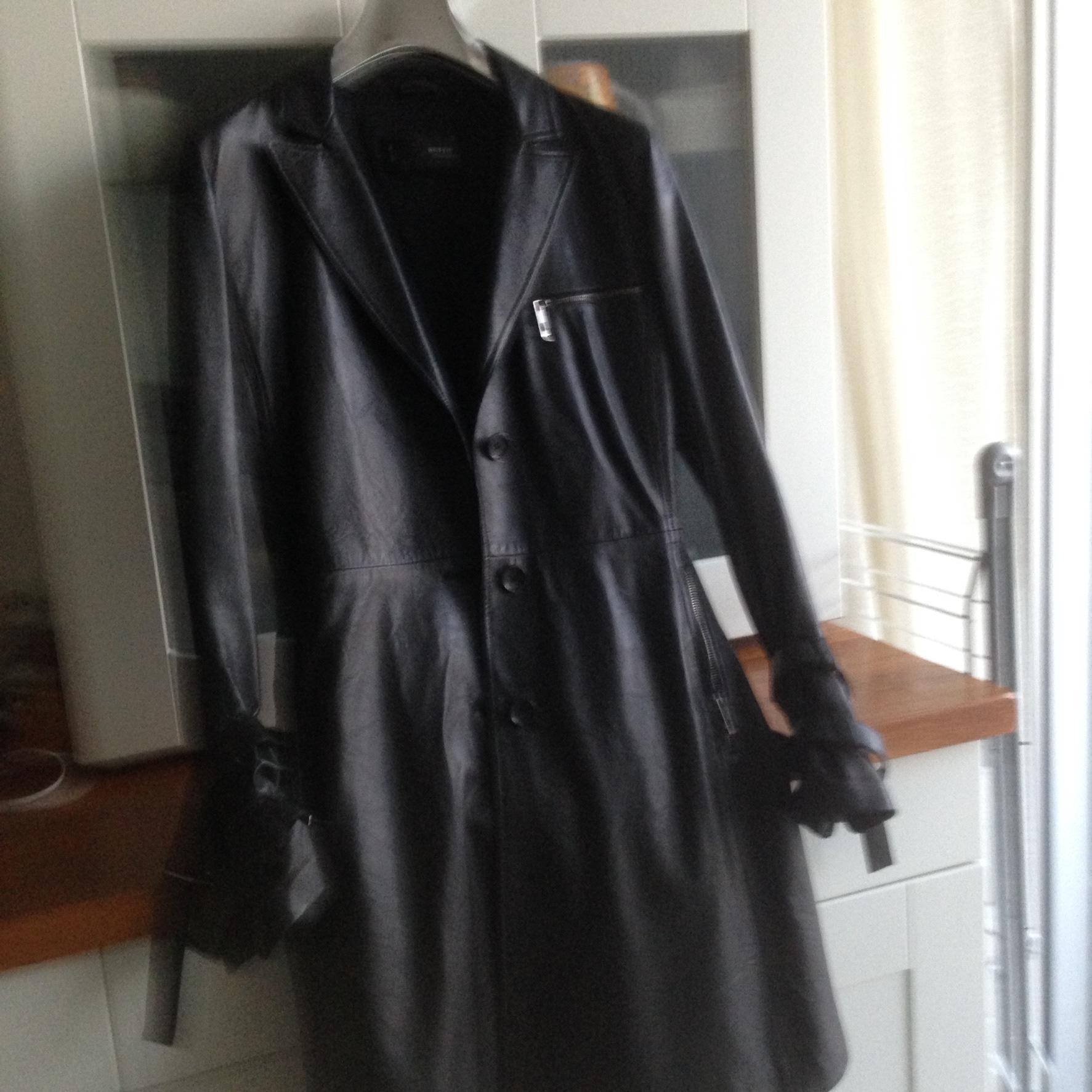 manteau en cuir noir 100 Rueil-Malmaison (92)