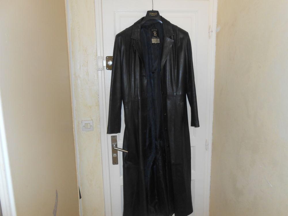 manteau en cuir vachette noir long 29 Chartrettes (77)