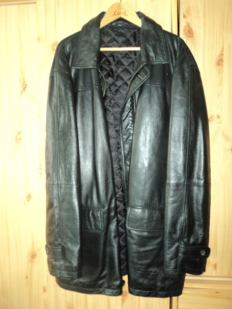 Manteau de cuir. 100 Verdun (55)