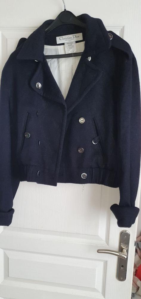 Manteau  dior  authentique   38 40   bleu   en cashemire  120 Mantes-la-Jolie (78)