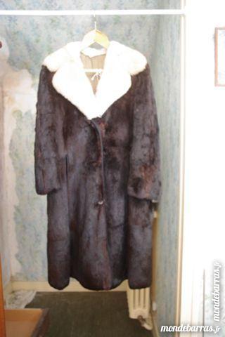Manteau femme en fourrure de ragondin 150 Ris-Orangis (91)